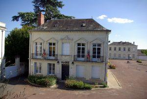 Mairie de Bréhémont