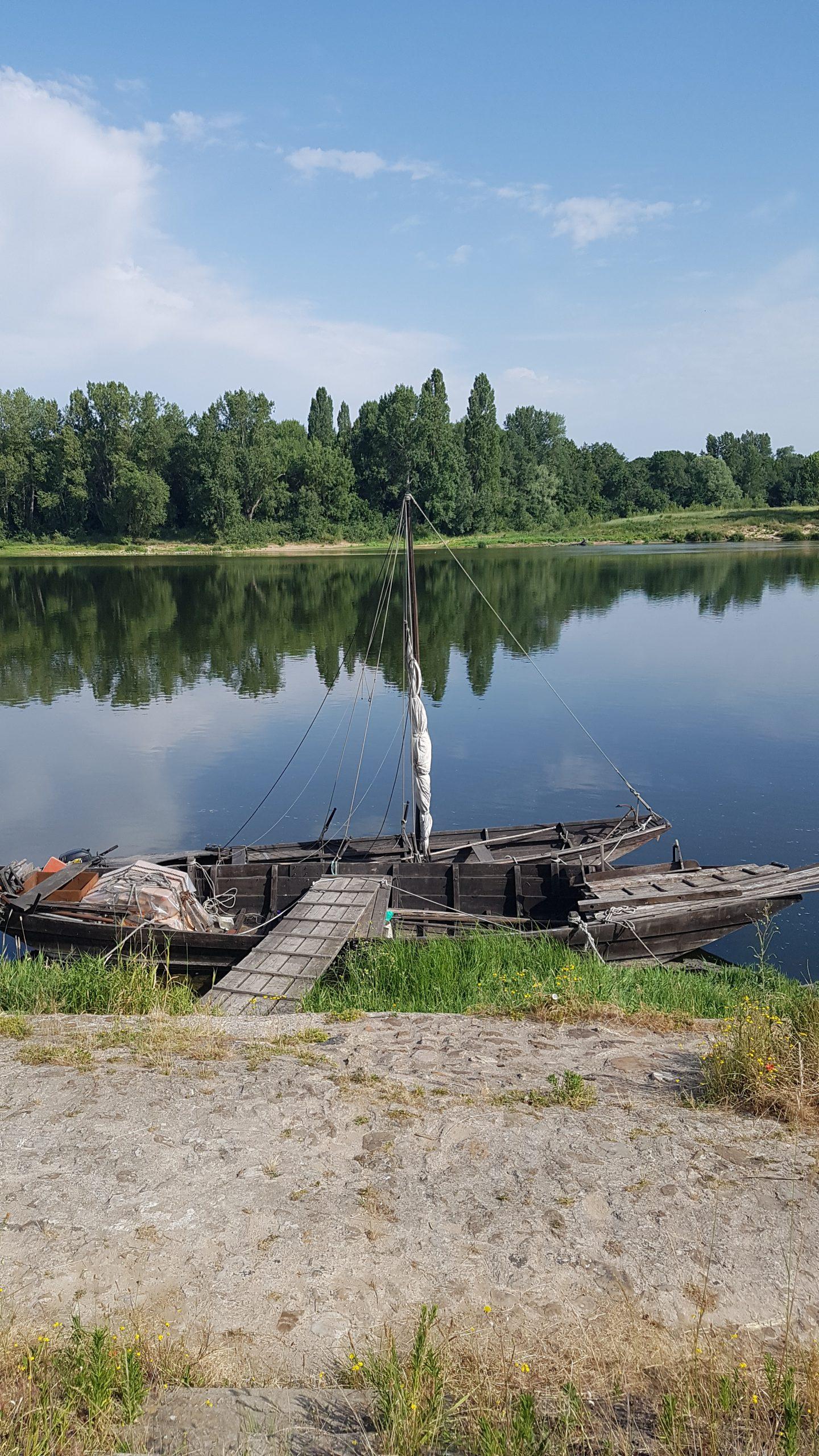 Bateau à quai